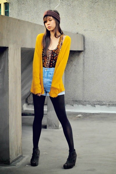 crimson tribal Forever 21 top - black dark dep store tights