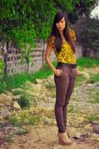 dark gray leather vintage belt - dark brown skinny jeans Anne Taylor pants