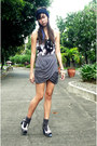 Black-forever-21-top-gray-oxygen-skirt-gray-forever-21-socks-soulier-shoes