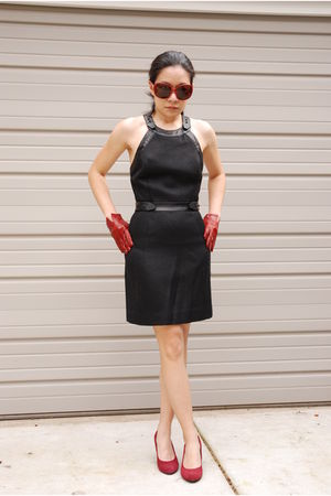 black Alexander Wang dress - red Kenneth Cole shoes