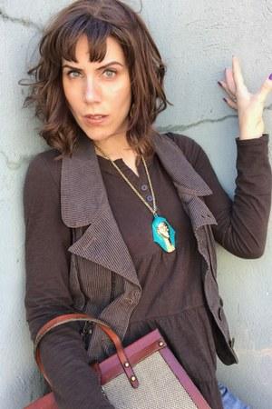 vintage necklace - vintage purse - thrifted vest