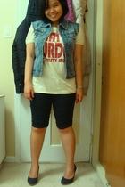 Nitrogen vest - artwork top - Sirens tights - Celine shoes - Divi shoes