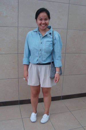 blue Gap shirt - beige Urban Behaviour shorts - white Keds shoes - blue thriftaw