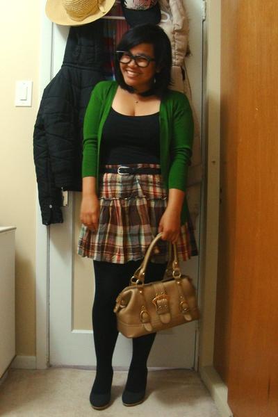 Divi - joe fresh style top - Suzy Shier belt - Old Navy skirt - Ardene tights -