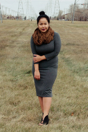 gray Forever 21 dress - dark brown winners scarf - black Shooin wedges