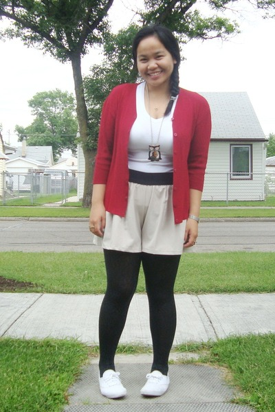 red Divi cardigan - white Suzy Shier t-shirt - Divi necklace - beige Urban Behav