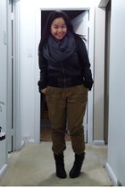 dark gray American Apparel scarf - black Sirens boots - black Suzy Shier jacket