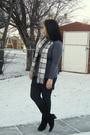 Gray-mexx-top-gray-scarf-black-divi-skirt-black-garage-leggings-brown-le