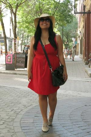 red lola dress - beige Target hat - black Daniel Footwear bag