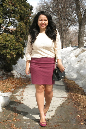 black Forever 21 bag - maroon cotton on skirt - cream H&M top