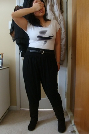 People are People shirt - Divi pants - belt - le chateau boots