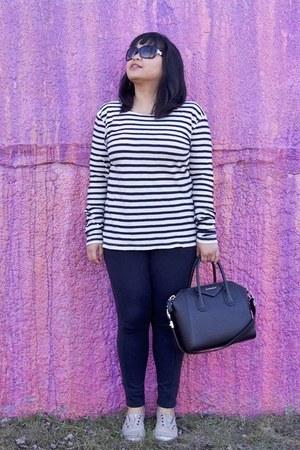 black Zara leggings - black Givenchy bag - black Chanel sunglasses