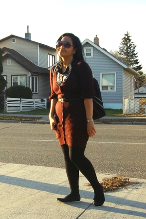 Jacob sweater - Juana dress - Suzy Shier belt - Dynamite leggings - joe fresh st