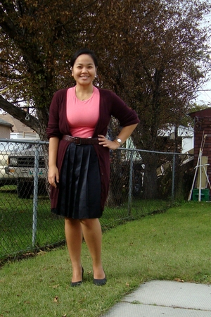 Jacob sweater - Greenhills t-shirt - Jacob belt - Old Navy skirt - Celine shoes