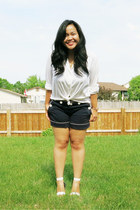 white Holt Renfrew shirt - navy joe fresh style shorts - white sandals