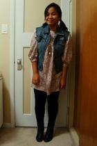 Nitrogen vest - Kamiseta dress - Divi necklace - Dynamite leggings - Sirens boot