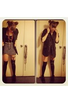 brace foxandowl accessories - short cut supre shirt - thigh high asos socks