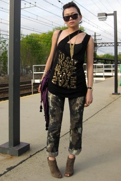 black Diesel jeans - brown Nine West shoes - purple Zara scarf