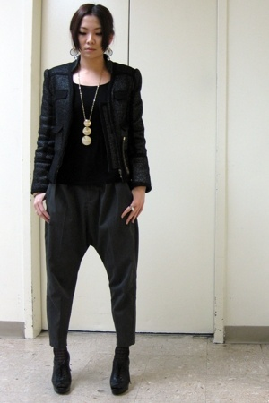 Zara jacket - Zara pants - Nine West shoes - necklace