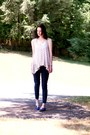 Navy-denim-forever-21-leggings-beige-shirt-navy-sneakers