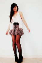 gray asos skirt - black rubi boots - white vest