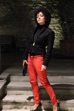 red skinny jeans Zara pants - black Zara jacket - black patent Koralline purse
