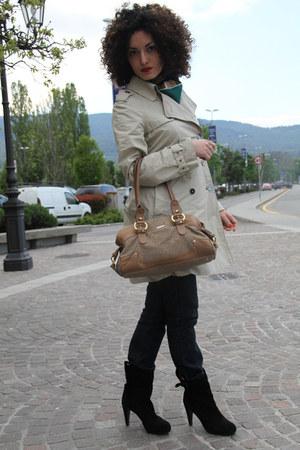 black suede Sisley boots - navy blue Zara jeans - beige trench Zara jacket - gre