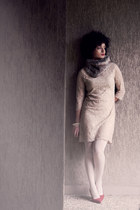 beige lace La Redoute dress - white Calzedonia tights