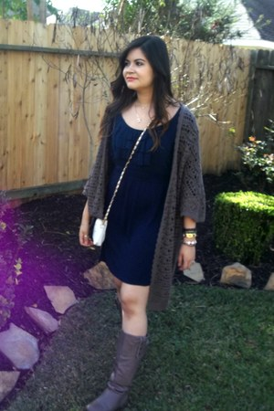 dark gray cardigan - Chinese Laundry boots - navy dress