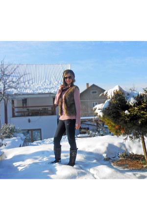 bubble gum Orsay sweater - dark brown H&M sunglasses - brown Zara vest