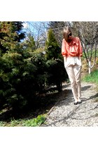 carrot orange vintage shirt - nude pants