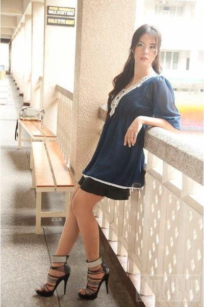 navy XOXO dress - black Aldo heels