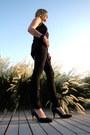 Black-7-for-all-mankind-jeans-black-michael-kors-bag-black-clarks-heels