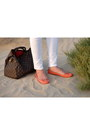 Brown-louis-vuitton-bag-carrot-orange-promod-top-white-h-m-pants