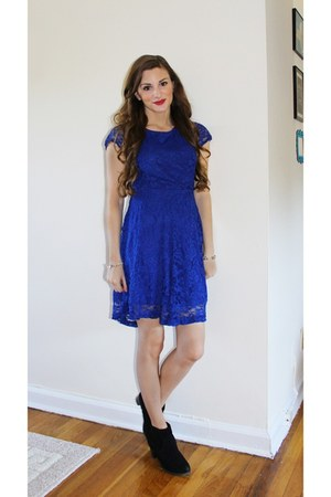 lace OASAP dress
