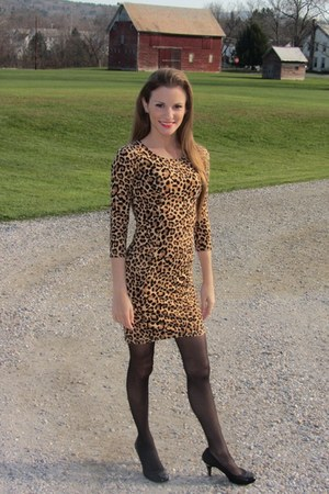 tan leopard H&M dress