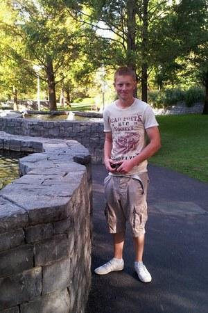 eggshell Superdry shorts - ivory River Island t-shirt