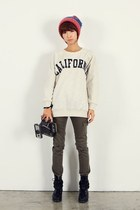 ruby red hat - off white California sweater - army green pants - black D&G boots