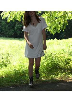 forever 21 dress - moms dress - Dr Martens - pamela love necklace