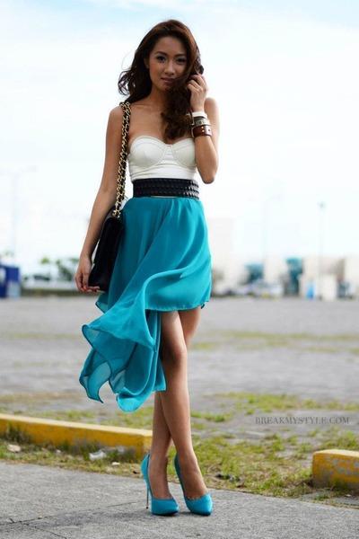turquoise blue skirt - black purse - black belt - camel accessories