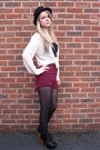 Boohoo-shoes-black-velvet-h-m-hat-bergundy-denim-urban-outfitters-shorts