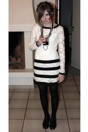 white asos dress - black vintage from Ebay shoes - black tights