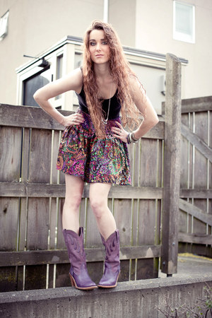 purple vintage Frye boots - black H&M top - purple paisley Nordstrom skirt