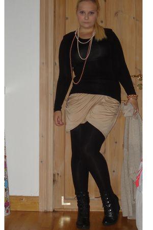 beige GINA TRICOT skirt - beige GINA TRICOT cardigan - black Duffy shoes - black