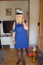 blue GINA TRICOT dress