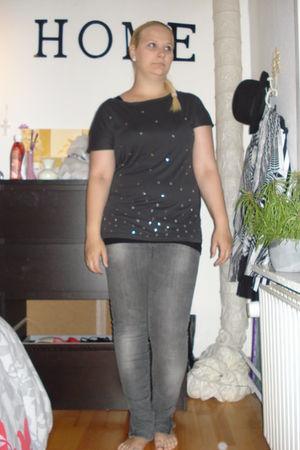 gray H&M t-shirt - gray Bik Bok pants