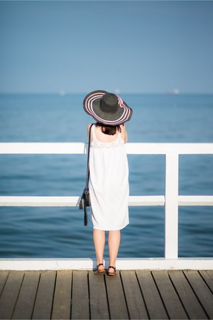 black sun hat Colloseum hat - white vintage dress white dress