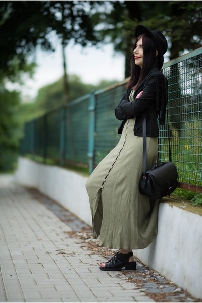 olive green maxi no name dress - black fedora H&M hat - black suede Only jacket