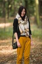 mustard checkered H&M scarf - black Orsay jacket - black Deichmann bag