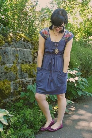 purple Anthropologie dress - purple Old Navy shoes - gold Forever21 necklace - b